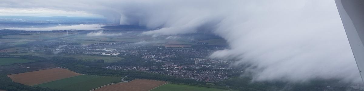 Wetterfront über Bedburg
